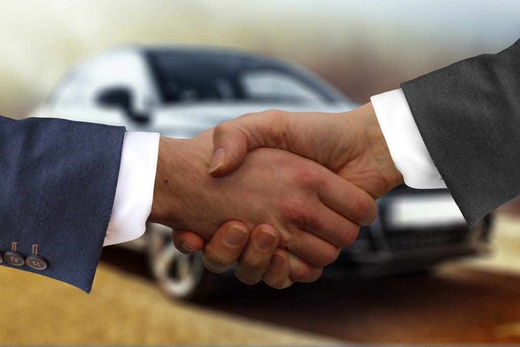 Fahrzeug Verkauf Auto Center Halten